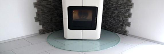 kamin glasplatte schwarz klimaanlage und heizung zu hause. Black Bedroom Furniture Sets. Home Design Ideas
