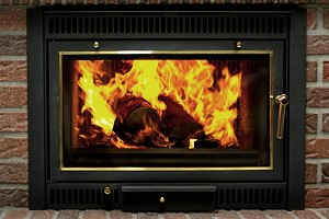 offener kamin vs heizkamin vor und nachteile der systeme. Black Bedroom Furniture Sets. Home Design Ideas